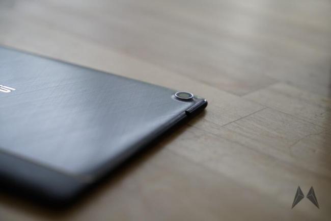 ASUS ZenPad 8S Kamera und SD Slot_DSC1330
