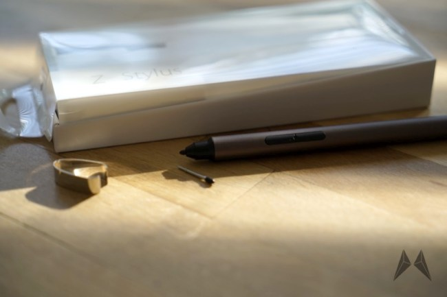 ASUS ZenPad 8S Stylus _DSC1315