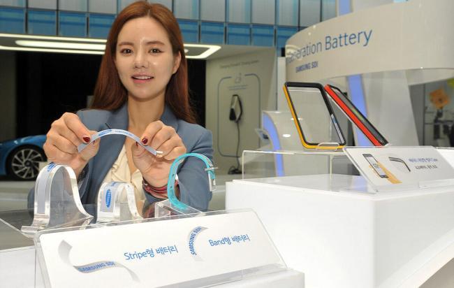 samsung-stripe-band-batteries