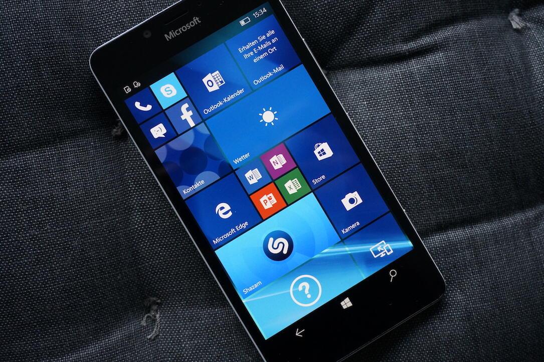 Microsoft Lumia 950 Unboxing8