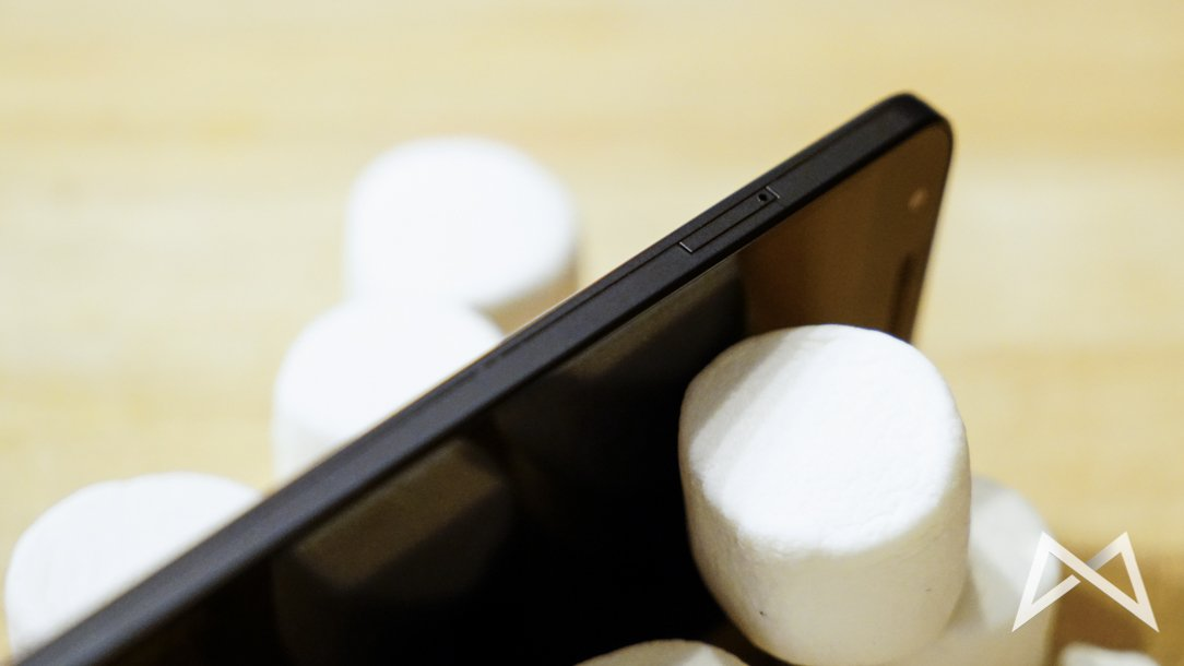 Nexus-5X Nano SIM Slot