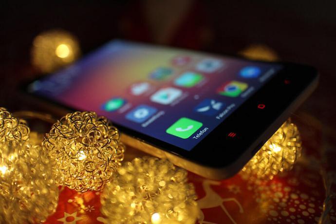 Xiaomi_Redmi_Note_2_3