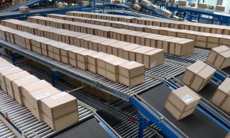 logistics-852936_1280