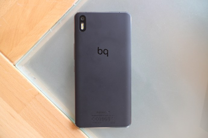 BQ_Aquaris_X5_Back