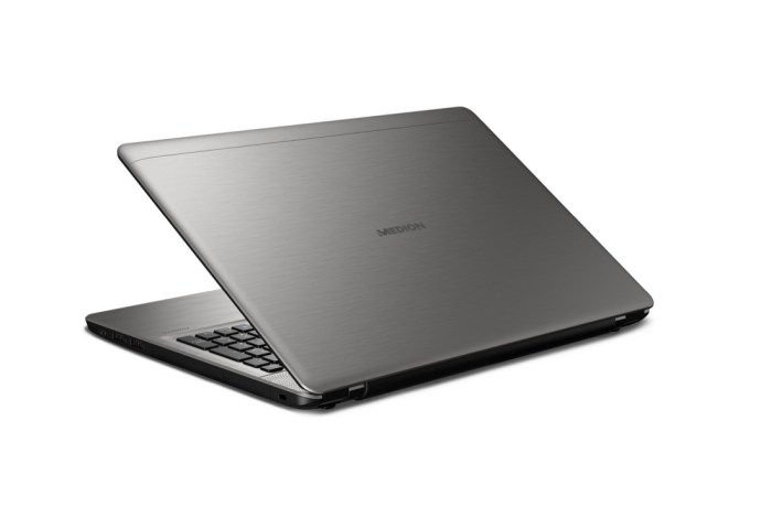Medion Akoya E6424 Notebook_1
