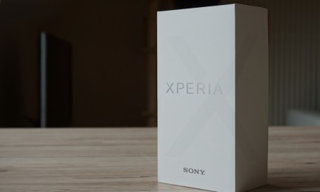 Sony Xperia X Verpackung Header