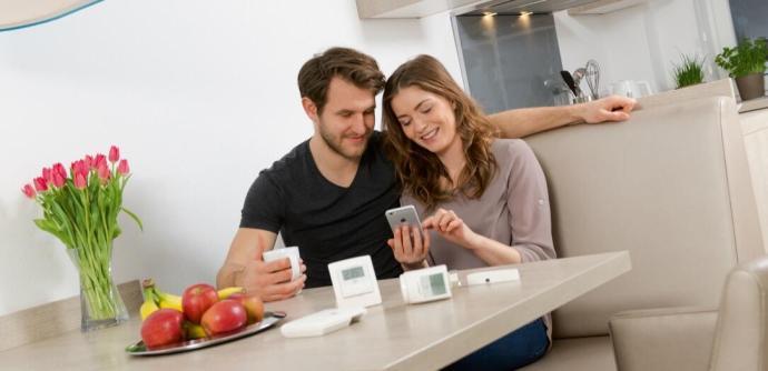 telekom magenta smarthome homematic ip spricht mit der home base 1 0. Black Bedroom Furniture Sets. Home Design Ideas