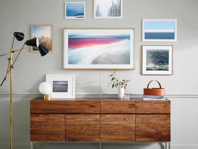 the frame samsungs neue tv bilderrahmen kombination. Black Bedroom Furniture Sets. Home Design Ideas