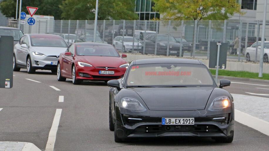 Porsche Mission E Pic2