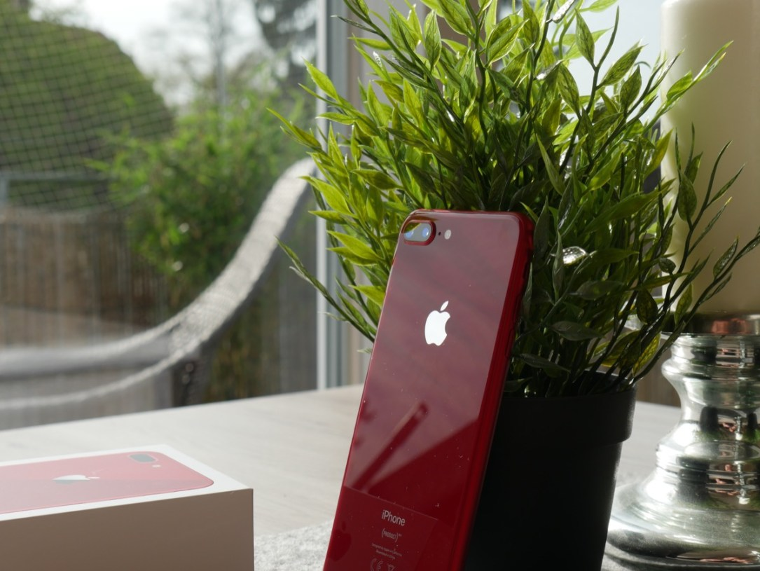 Apple Iphone 8 Red Unboxing12