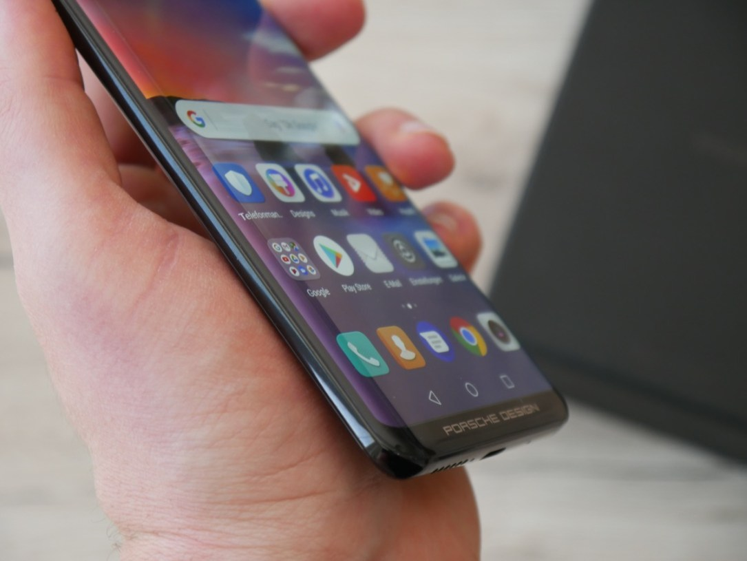 Huawei Mate Rs Unboxing1