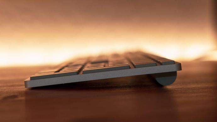 Microsoft Fingerprint Keyboard 009