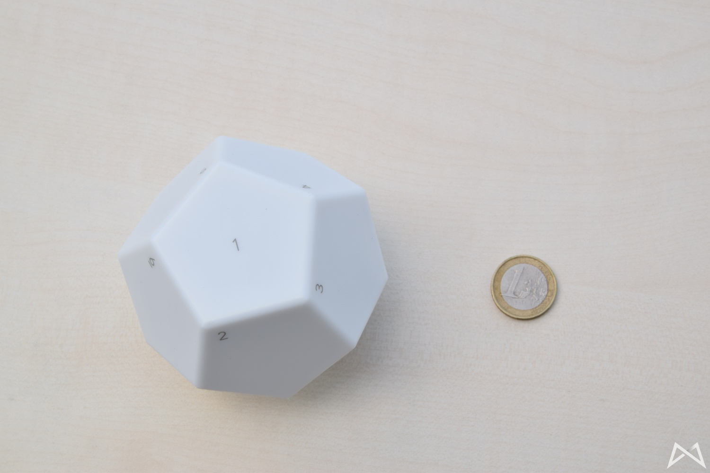 Nanoleaf Remot Groessenvergleich