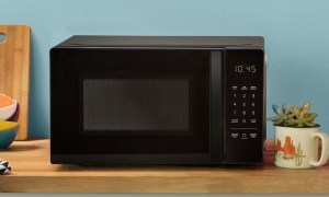 Amazon Basic Microwave