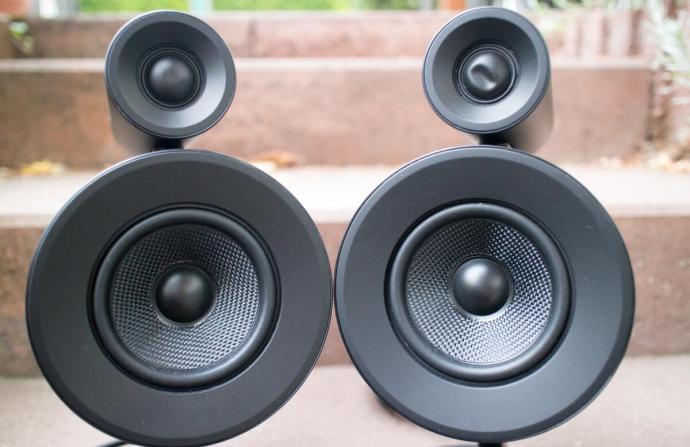 Razer Nommo Pro Sound 2