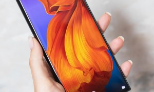Huawei Mate X Handson4