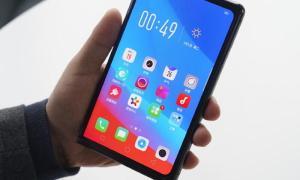 Oppo Smartphone Faltbar1