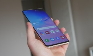 Samsung Galaxy S10 Plus Unboxing5