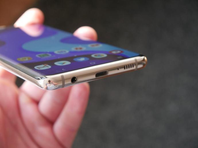 Samsung Galaxy S10 Test1