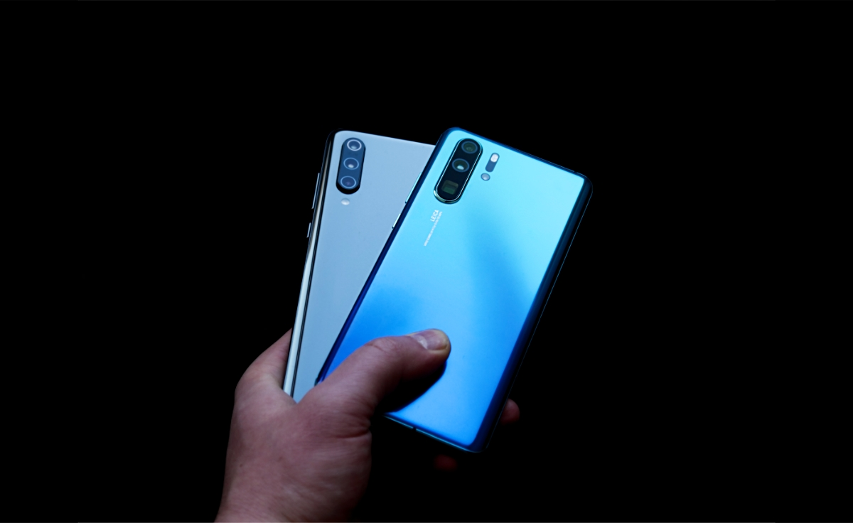 Huawei P30 Pro Xiaomi Mi 9 Header