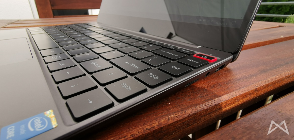 Chuwi Aerobook Red Power Button
