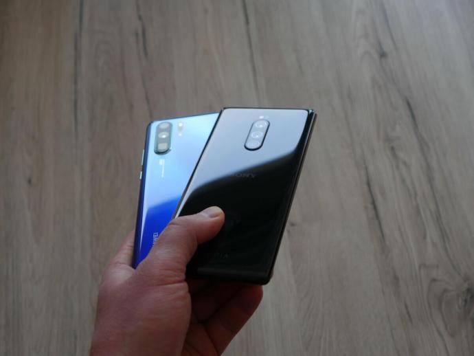 Huawei P30 Pro Sony Xperia 1 Test2