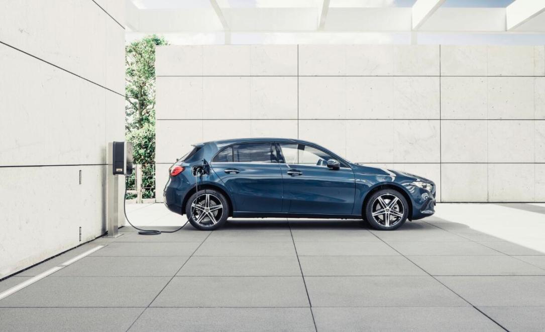 Mercedes Benz A Klasse Hybrid
