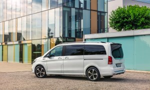 Mercedes Benz Eqv: Weltpremiere Für Die Erste Premium Großraumlimousine Mit Elektrischem Antrieb Mercedes Benz Eqv: World Premiere For The First Fully Electric Premium Mpv