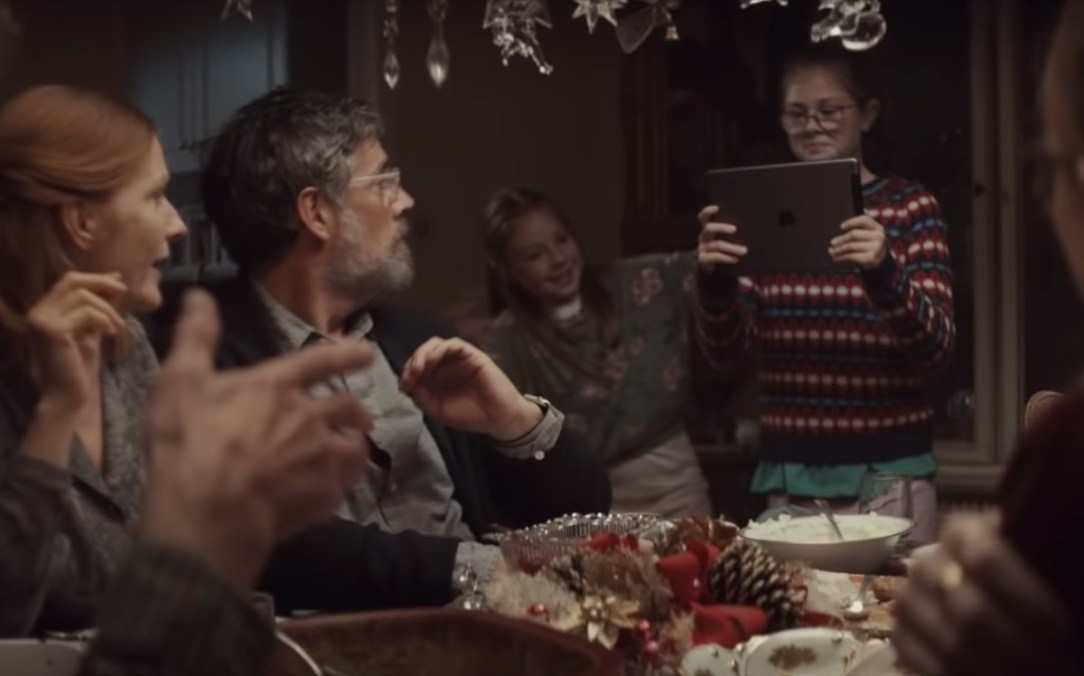 Apple Holiday 2019 Clip