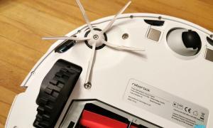 Roborock S5 Max Seitliche Buerste Und Sensoren
