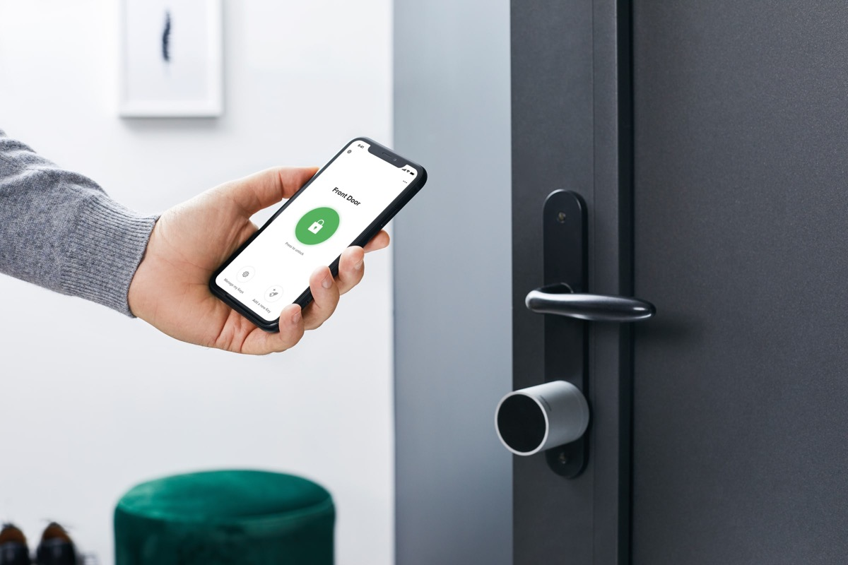 Doorlock Phone