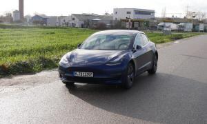 Tesla Model 3 Test16