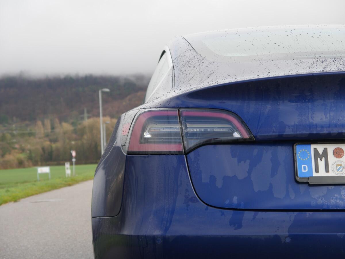 Tesla Model 3 Test21