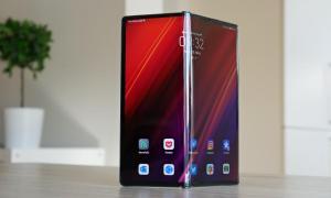 Huawei Mate Xs Header