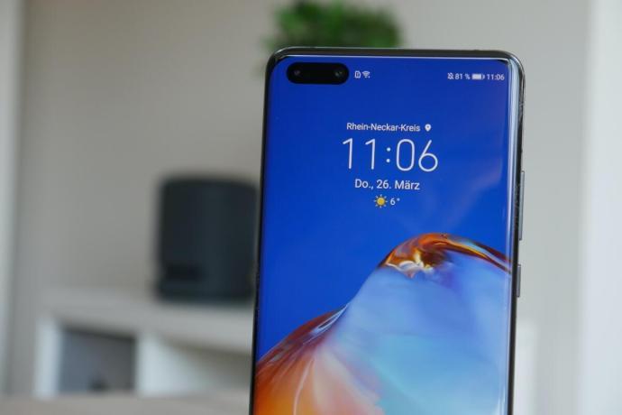 Huawei P40 Pro Loch