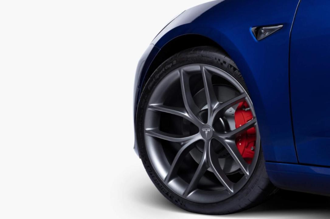 Tesla Model 3 Track Paket Felge