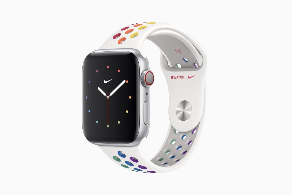 Apple Watch Nike Pride 2020