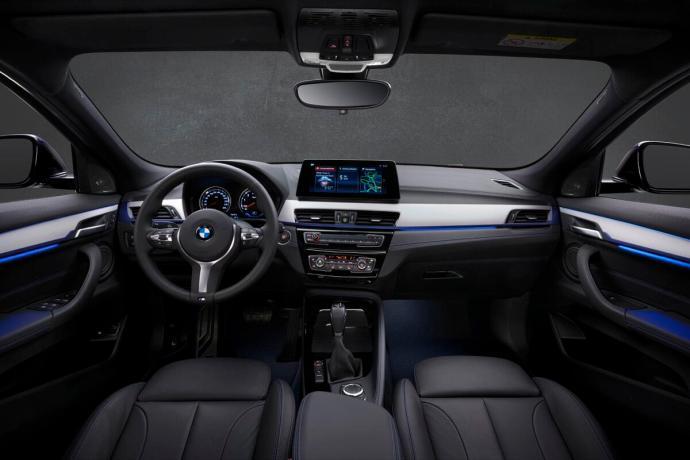 Bmw X2 Xdrive25e Interior