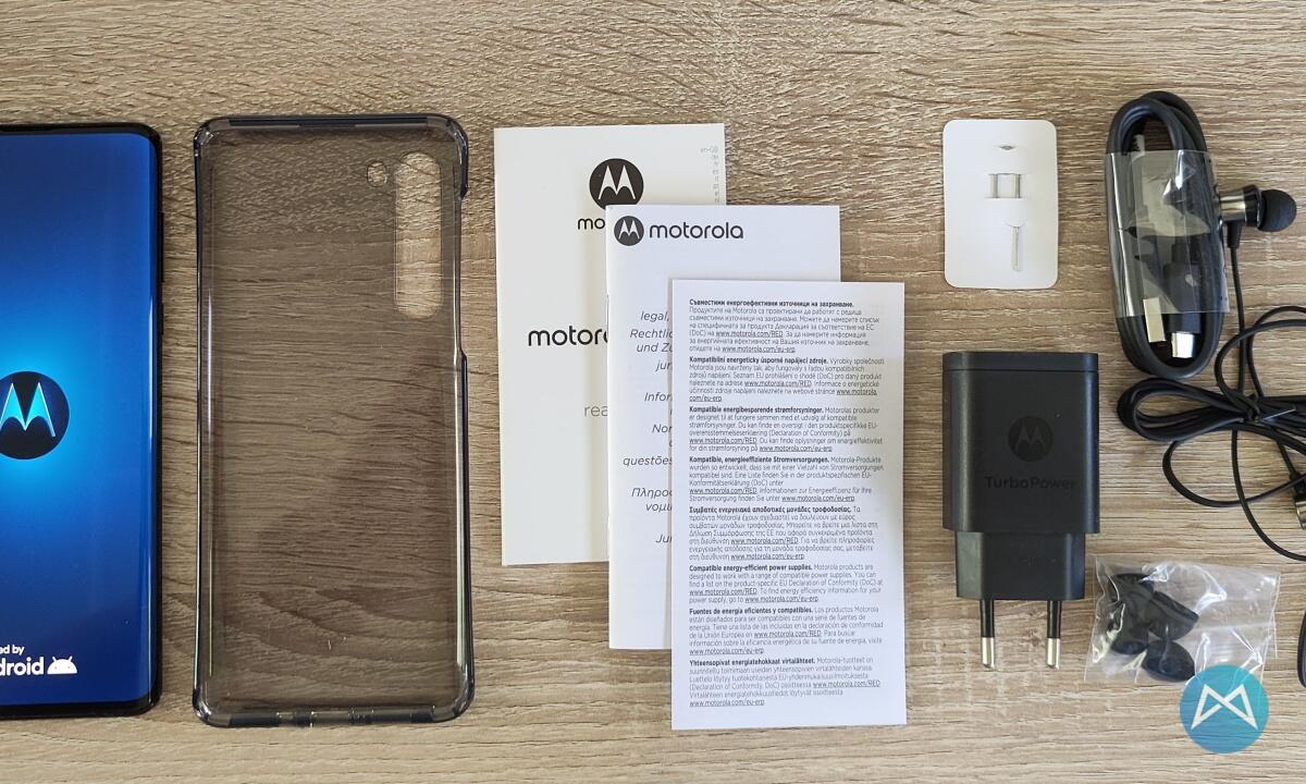 Motorola Edge Lieferumfang