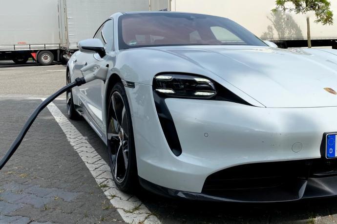 Porsche Taycan Turbo S Charging Header