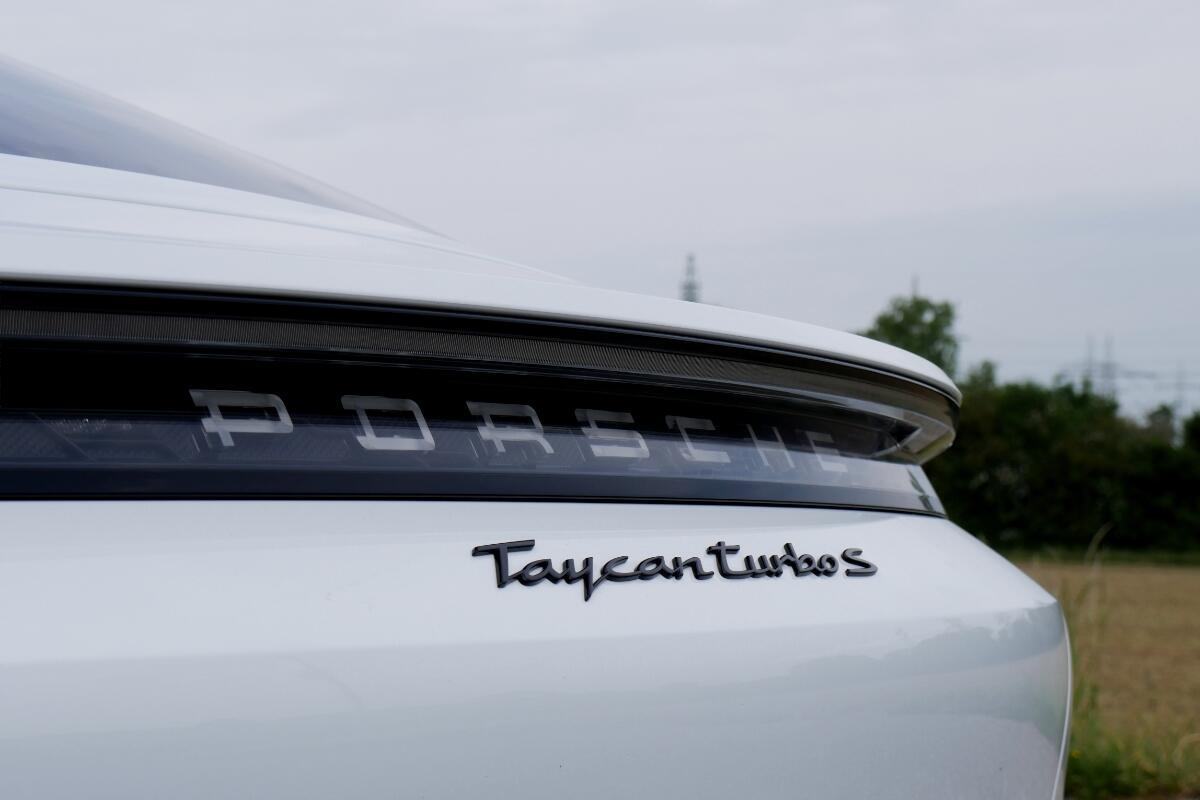Porsche Taycan Turbo S Logo