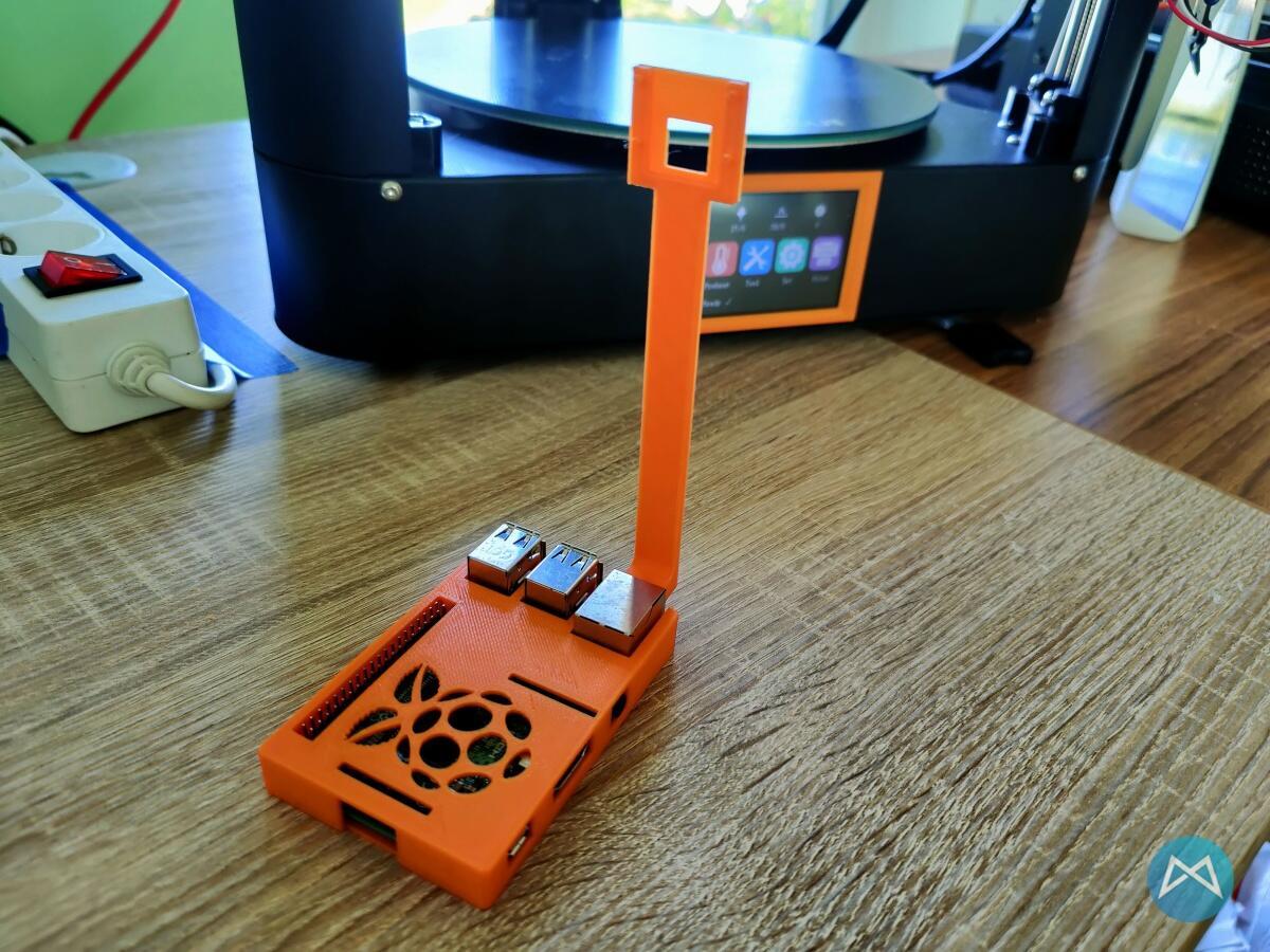 Raspberry Pi Case Und Webcam Halterung