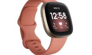 Fitbit Versa 3 Gold Rosa