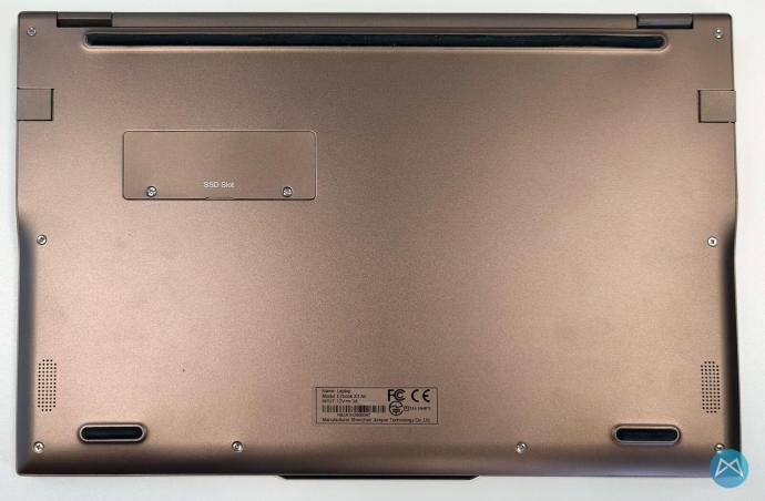 Jumper Ezbook X3 Air Unterseite