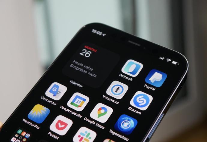 Apple Iphone 12 Pro Homescreen Kalender