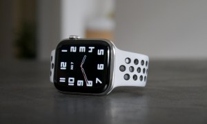 Apple Watch Series 6 Clean