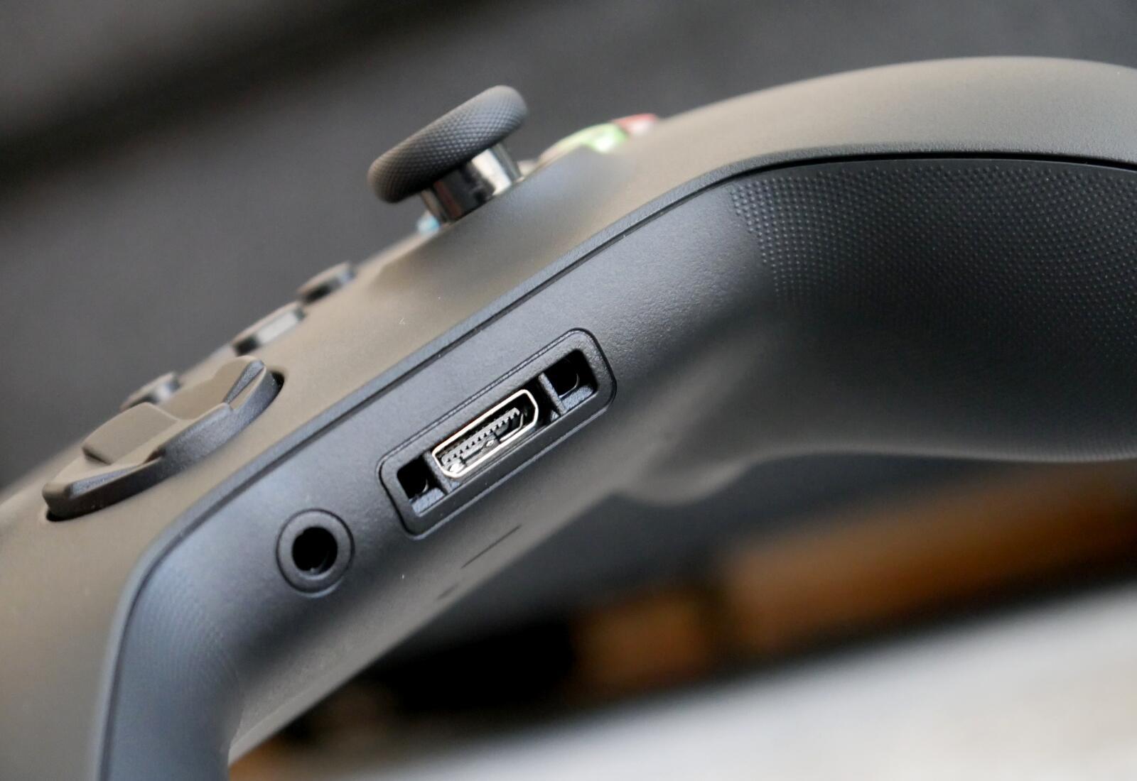 Xbox Series X Controller6