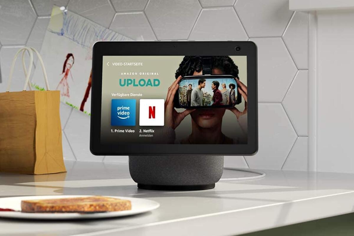 Amazon Echo Show 10 Netflix