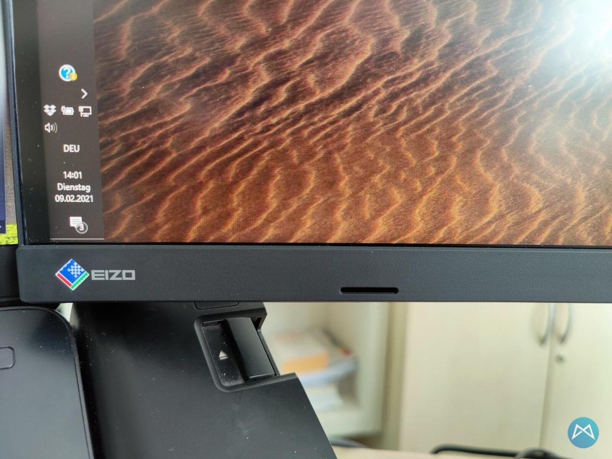 Eizo Flexscan Ev3895 Test Mobiflip Speaker