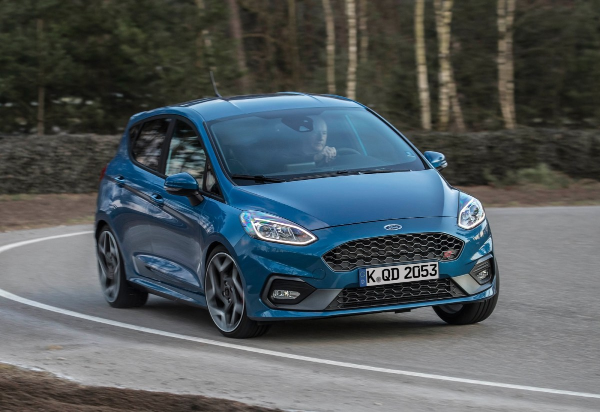 Ford Fiesta Header